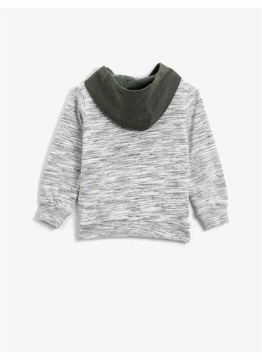 Koton Aplikeli Kapüsonlu Uzun Kollu Sweatshirt Gri